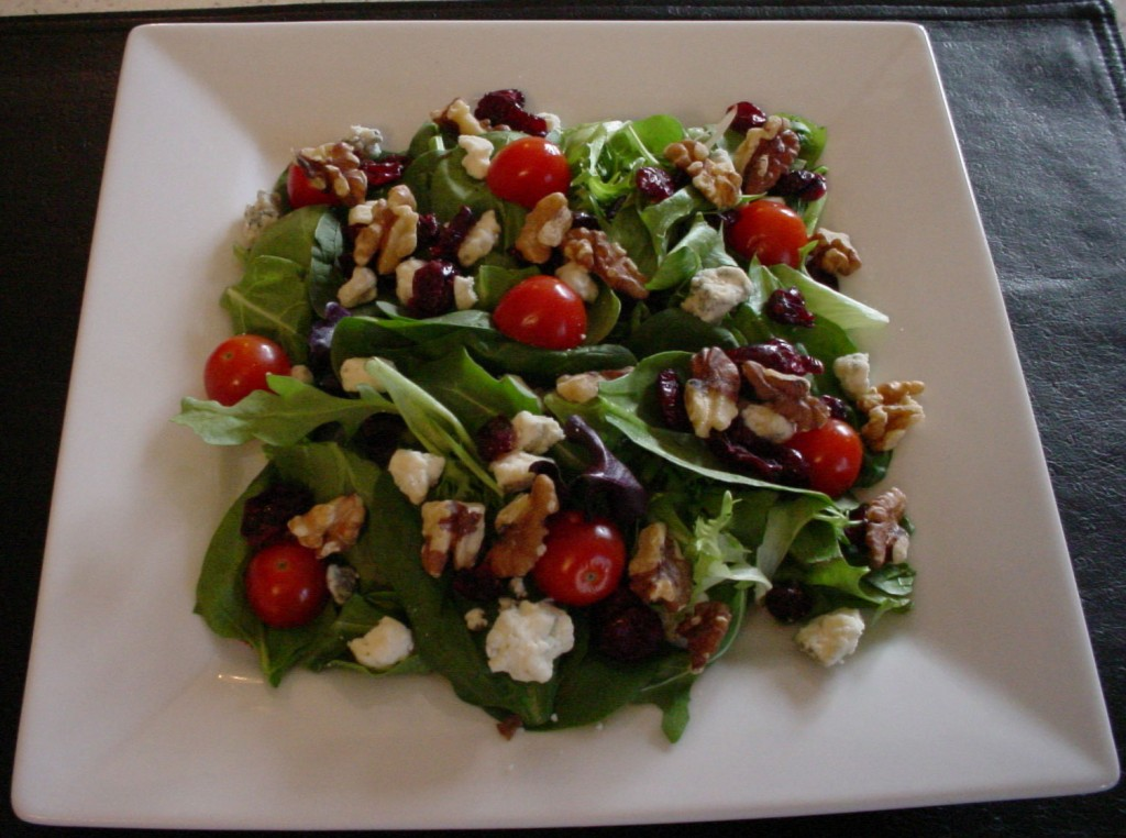 Visually Appealing and Visually Beneficial Spinach Salad